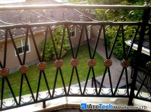 aluminum-railing-with-bezdan-stuff