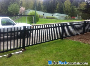 big-picket-aluminum-fence