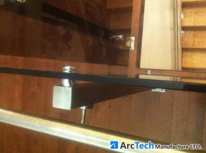 stainless-steel-glass-railing